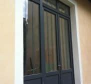 Réalisation porte fenêtre en aluminium noir