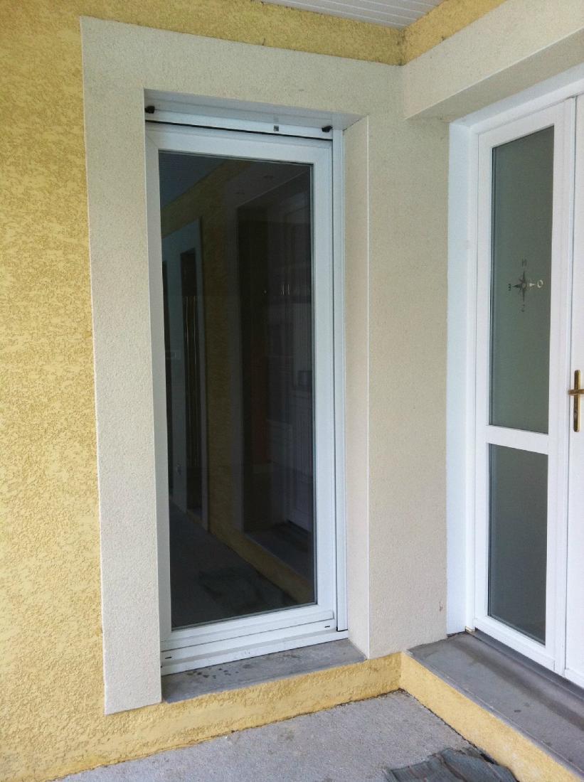 Réalisation porte vitrée et porte d'entrée en PVC