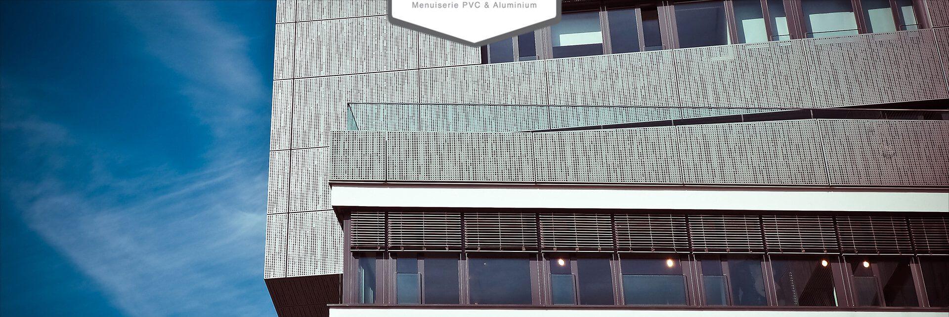 Téléchargez le catalogue des menuiseries aluminium et PVC proposé par Isolation Confort