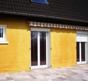 Réalisation fenêtres et porte fenêtre en PVC avec volets roulants
