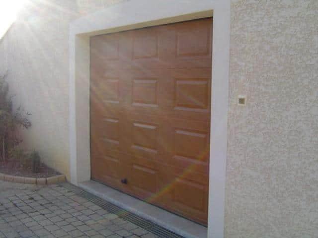 Réalisation porte de garage marron